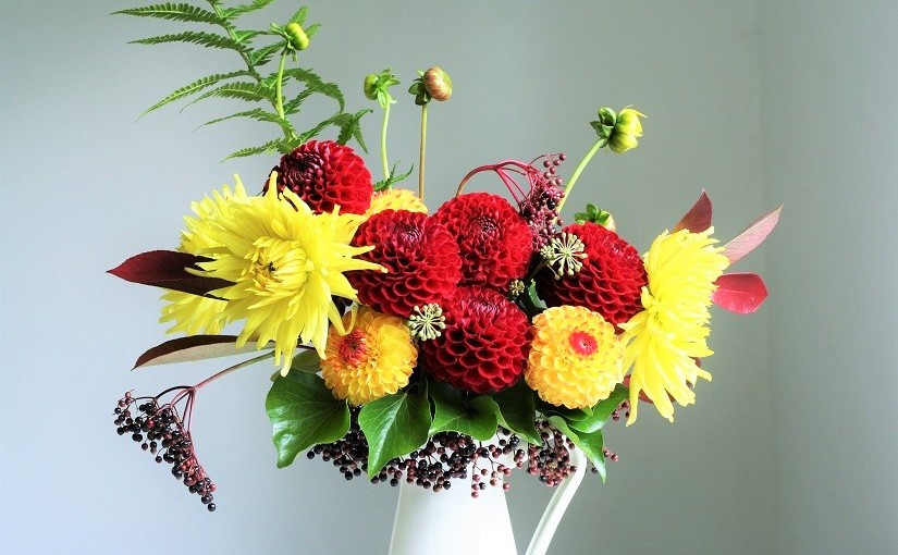 Autumnal Dahlia bouquet – fresh from the garden
